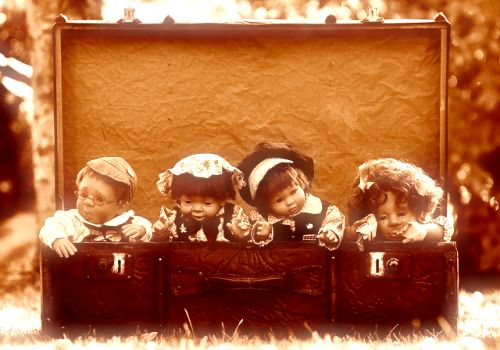 dolls-1819952_640